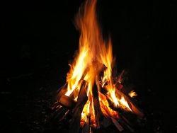 Стихия огня в черном привороте